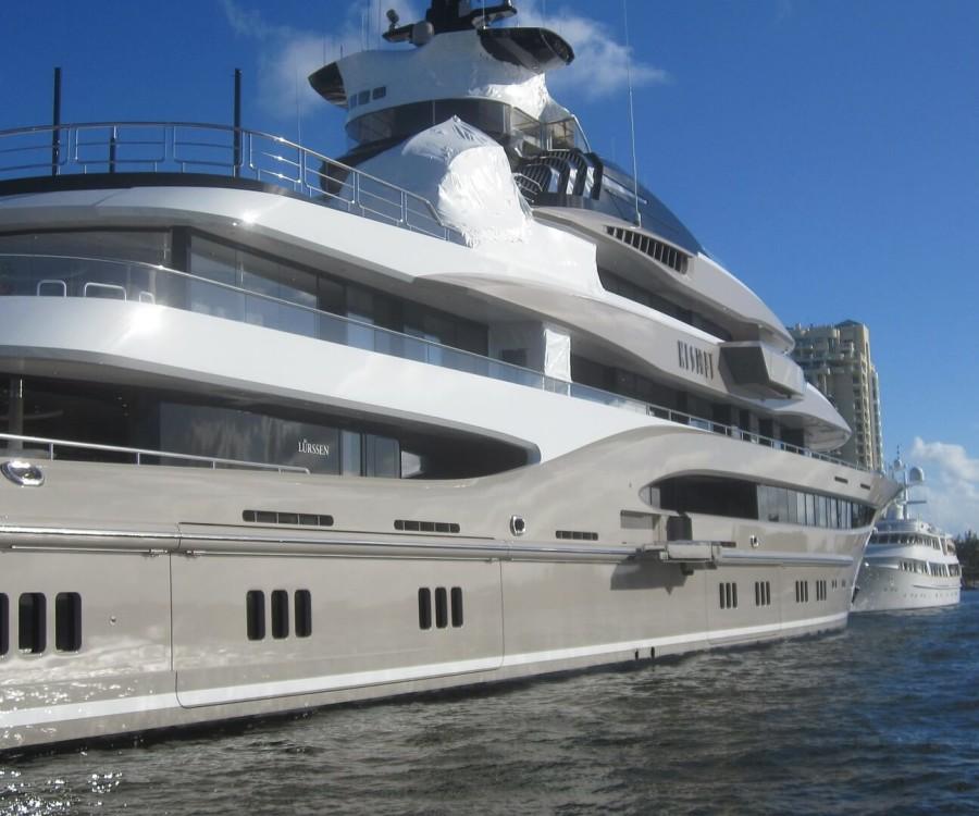 mega-yacht-905520_1920(1)