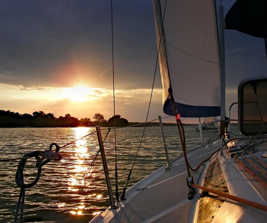 sailboat-414509_1920(1)